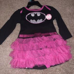 DC Comics Batwoman Costume W/ Cape, Bow & Tights